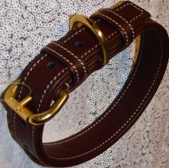 Lederhalsband Dunkelbraun  Leder sehr stabil Schnalle:  Gold- Farben 36-45 / 2,5 cm Breite